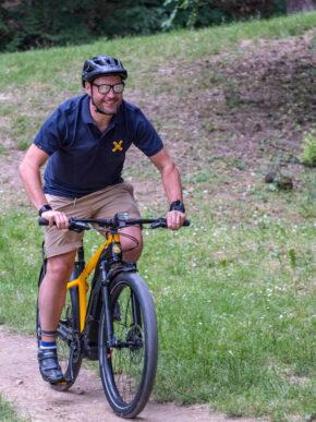 """e-Scrambler Ducati: possiamo davvero dire: """"born free"""" (ma ideale anche per il trekking urbano)."""